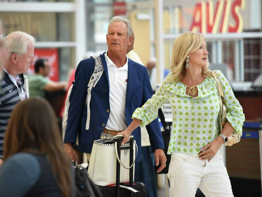 Former baseball player George Brett and his wife Leslie are seen with their luggage at Albany International Airport before heading to Hall of Fame weekend at Cooperstown on Thursday, July 26, 2018 in Colonie, N.Y. (Lori Van Buren/Times Union) Photo: Lori Van Buren / 20044410A