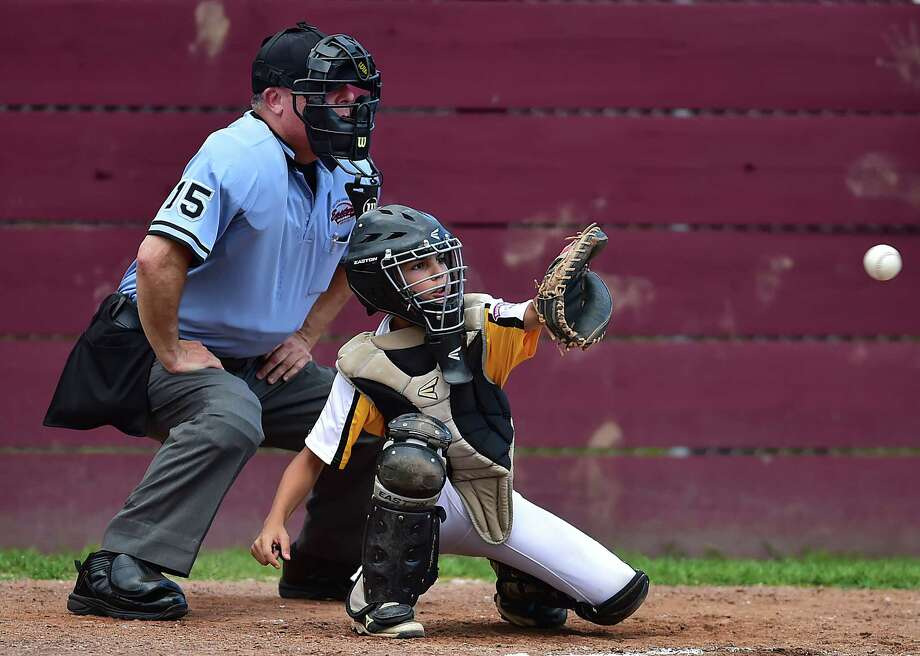 Manchester National defeats Madison, 5-3, in the Little League state championship playoffs, Thursday, July 26, 2018, at Presidents Field at the East Lyme Little League Complex in East Lyme. Photo: Catherine Avalone, Hearst Connecticut Media / New Haven Register