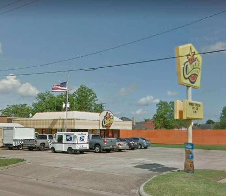 Church's Chicken903 Nederland Avenue   Score: 91  Violations: Flies in container with thawing food, flies in restaurants, employees not wearing hair nets, dirty floor, dirty ice machine.