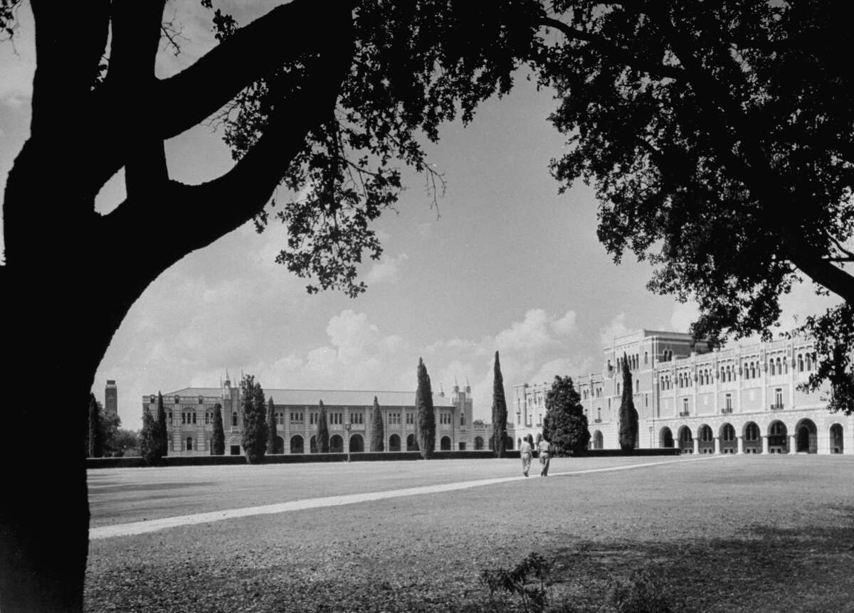 An exterior view of the Rice Institute. Houston, Texas. Date: 1946
