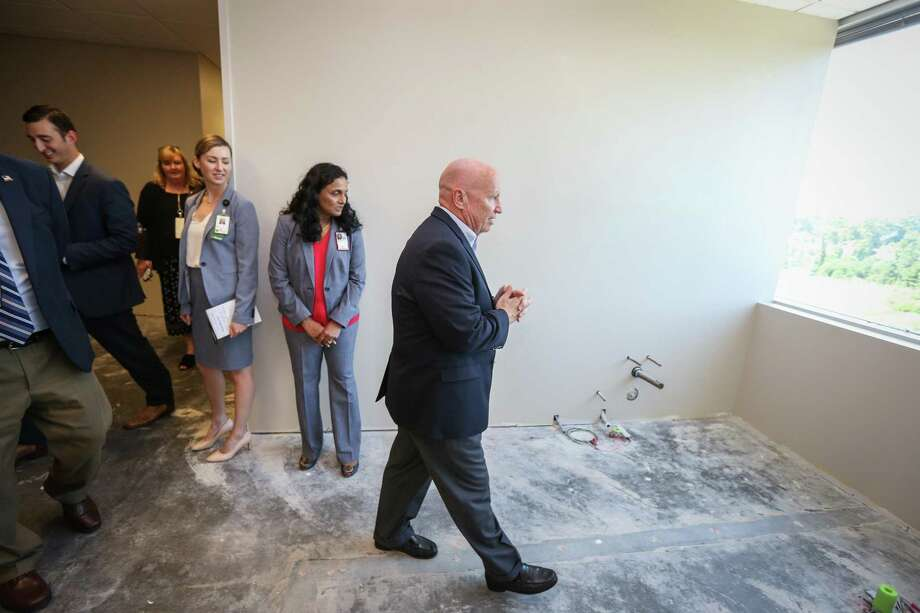 US Rep. Kevin Brady, R-The Woodlands, tours a section of the Conroe VA Outpatient Clinic that will become a dental facility on Friday, July 27, 2018. Photo: Michael Minasi, Staff Photographer / Houston Chronicle / © 2018 Houston Chronicle