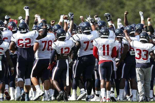 0ea9024d Nick Martin's health key to turnaround of Texans' offensive line ...