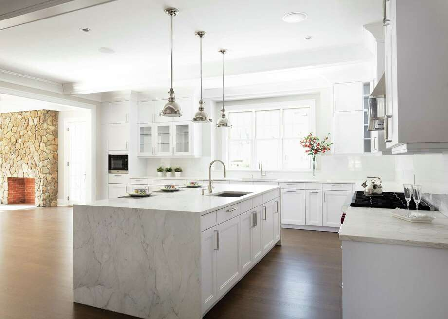 Maya Nair's team at Häcker Greenwich supplied the cabinets for the kitchen and baths at 18 Lake Drive in Riverside. Photo: Häcker Greenwich / ONLINE_CHECK