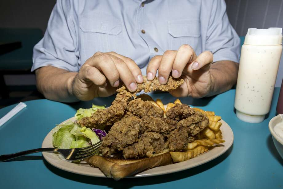 Buddy's Drive In, which has been serving West Texans since 1969, is known for its steak fingers. Photo: Jacy Lewis/Midland Magazine