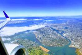 Flying United from SFO to Atlanta and flying over Alameda and Oakland