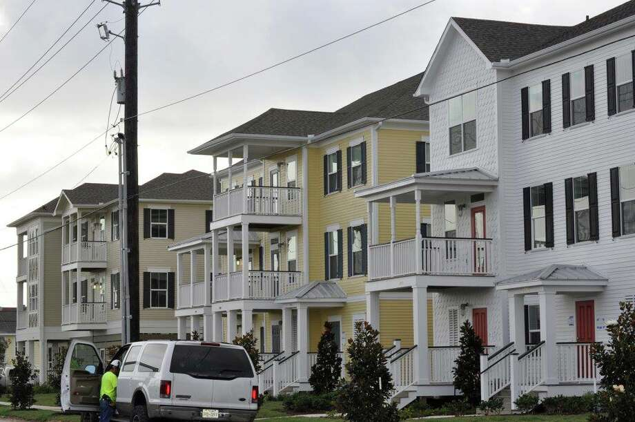 The mixed-income Villas on the Strand provide a fraction of the 569 public housing units lost to Hurricane Ike in 2008. Photo: Galveston Housing Authority