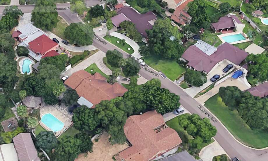 Police said a 2-year-old girl drowned in a swimming pool in the 200 block of Wedgewood Drive on Sunday. Photo: Google Maps