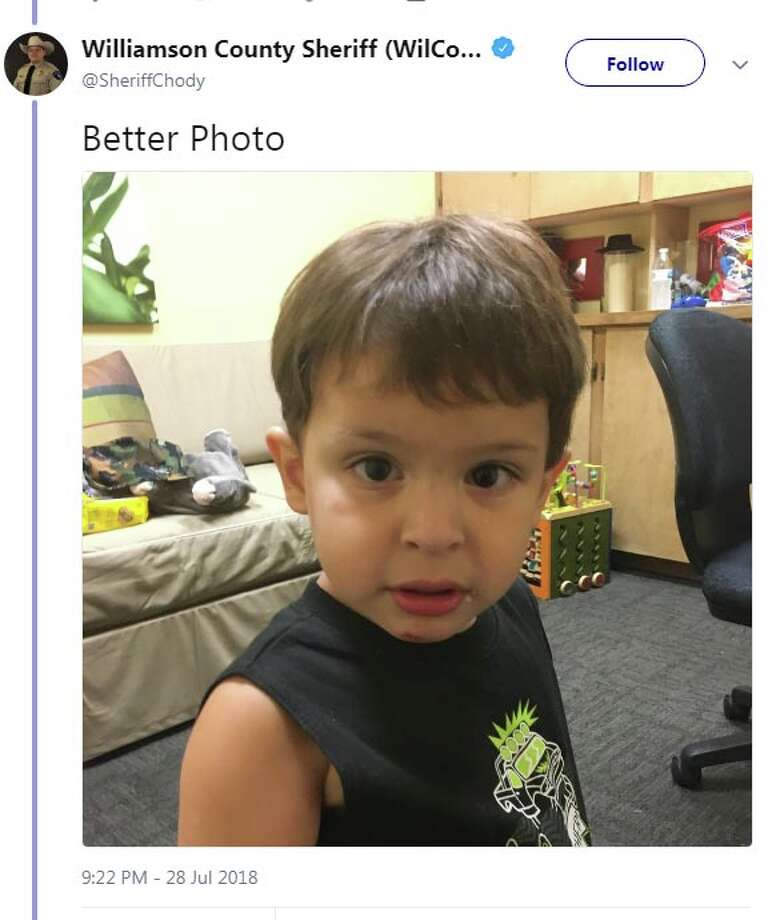 A Texas sheriff turned to social media over the weekend to identify a child who was allegedly abandoned by his father after fleeing the scene of a car crash. Photo: Twitter.com/SheriffChody