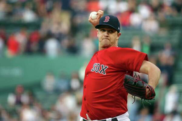 Boston Red Sox starting pitcher Steven Wright delivers to the Seattle Mariners during the first inning of a baseball game at Fenway Park, Friday, June 22, 2018, in Boston. (AP Photo/Elise Amendola)