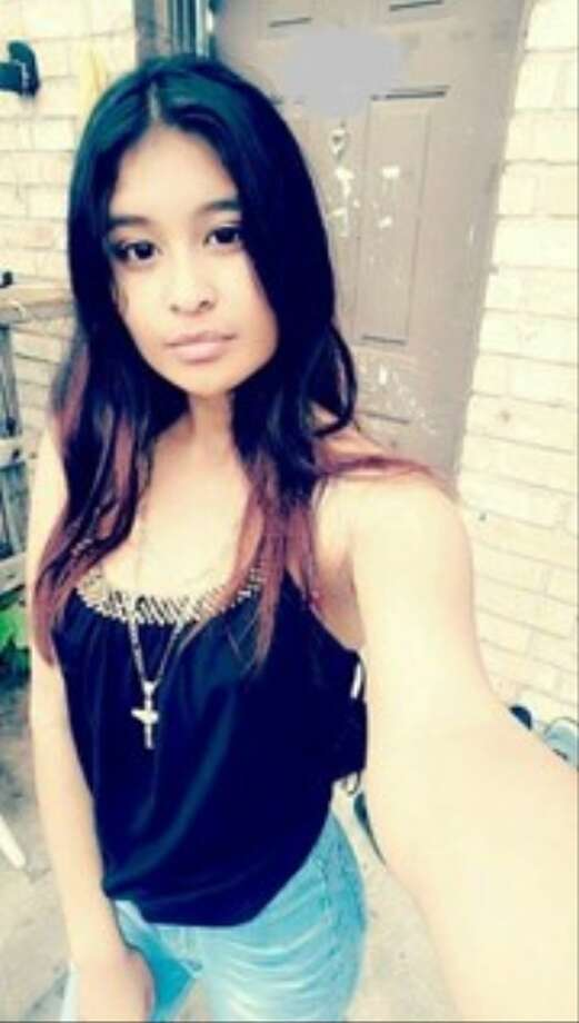 Zuleyma Hernandez had been standing outside an apartment in Houston with her father and her boyfriend on April 15 when five men who appeared to be gang members confronted them. After a brief exchange, the men opened fire, shooting and killing Hernandez. Photo: Crime Stoppers Of Houston