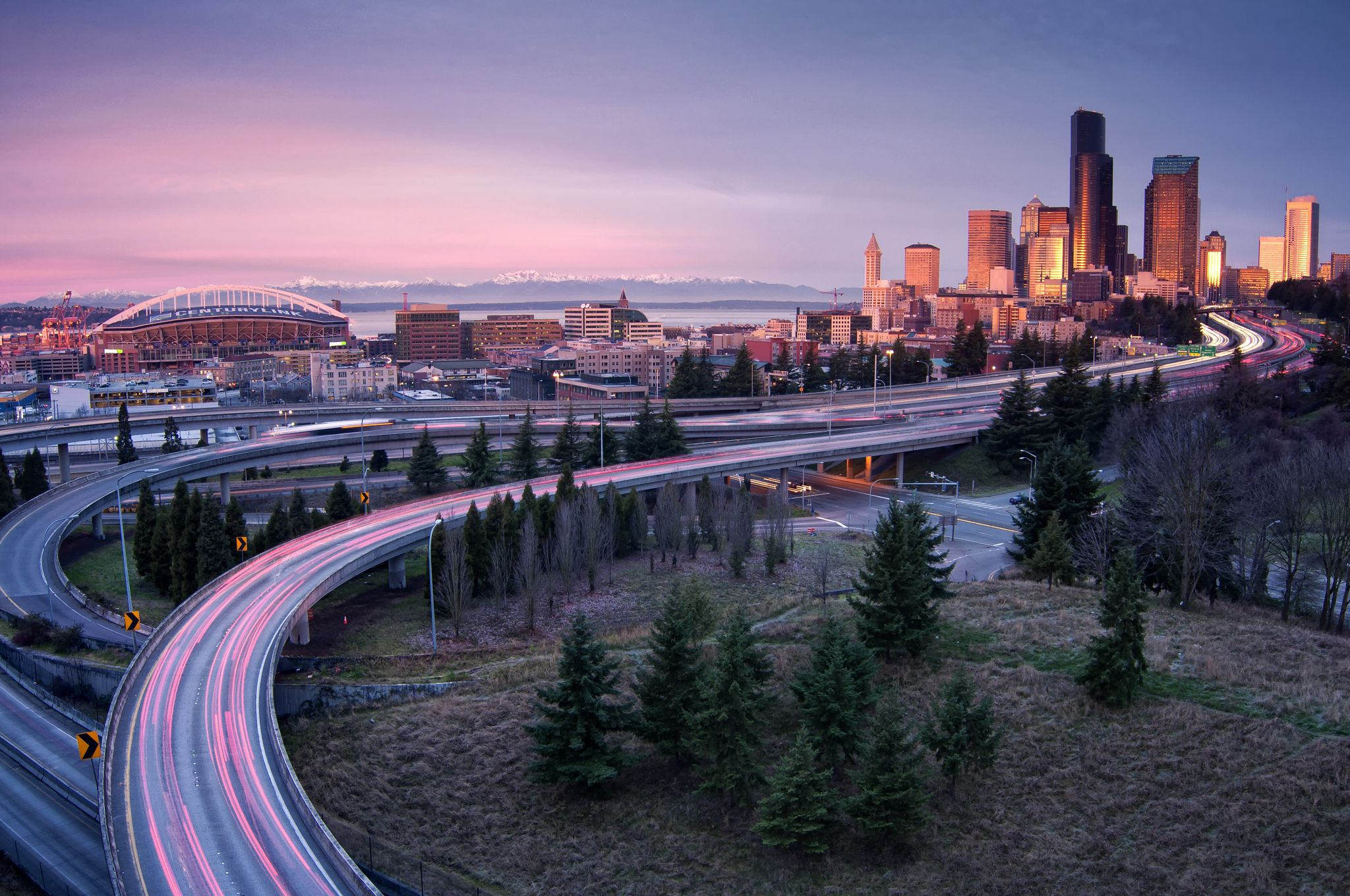 13 items every Seattleite must carry in their car to thrive in the Emerald City