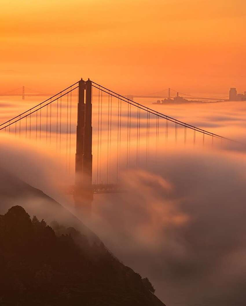 Sunrise over the Golden Gate by @imanor .