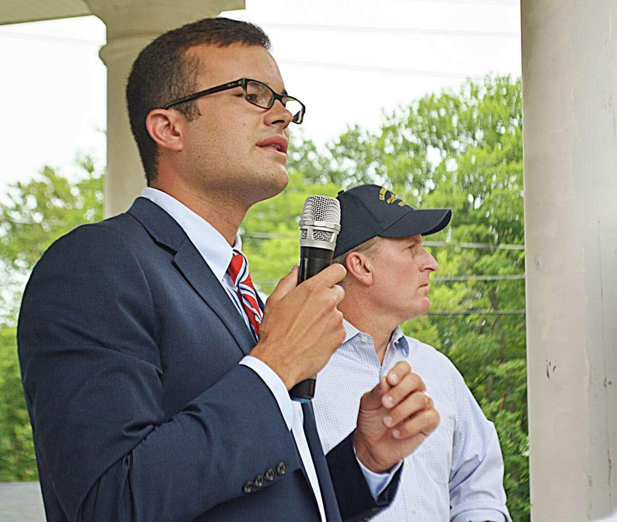State Sen. Art Linares showed up at the flag rally Monday night at the Higganum Green.