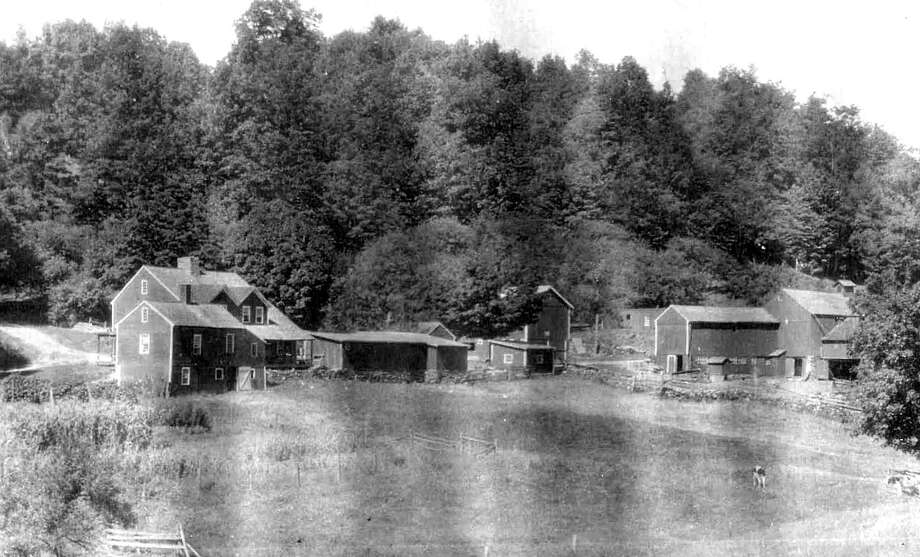 "The old Hollister homestead in Nettleton Hollow in Washington is shown above in this undated photograph. If you have a ""Way Back When"" photograph you'd like to share, contact Deborah Rose at drose@newstimes.com or 860-355-7324. Photo: Contributed Photo / Contributed Photo / The News-Times Contributed"