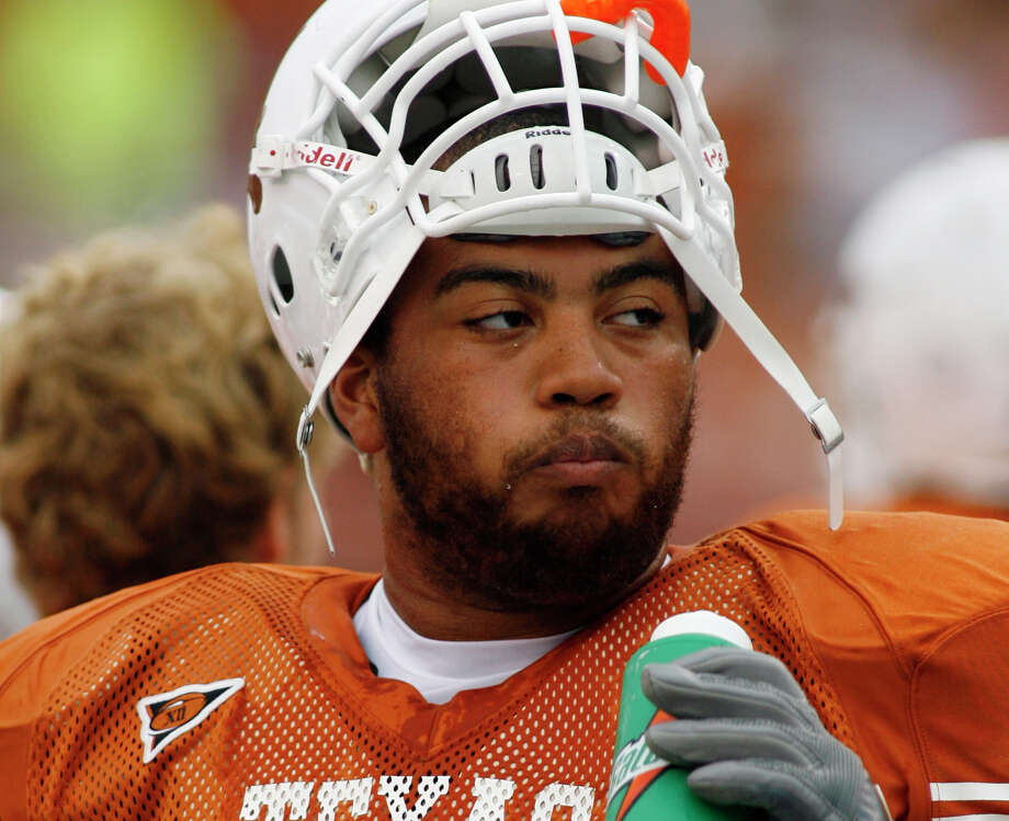 Former Texas offensive lineman Justin Blalock will be inducted into the school's Hall of Honor. Photo: HARRY CABLUCK/AP
