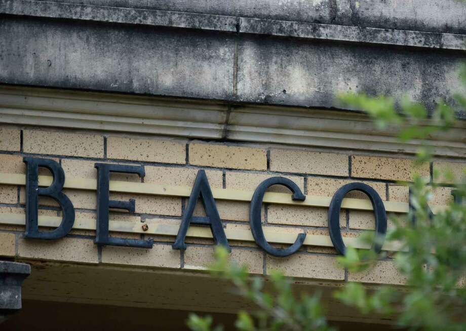 Beacon Hill Elementary School, which dates to 1915, needs $5 million in renovations, according to the SAISD. Photo: Billy Calzada, Staff Photographer / Billy Calzada