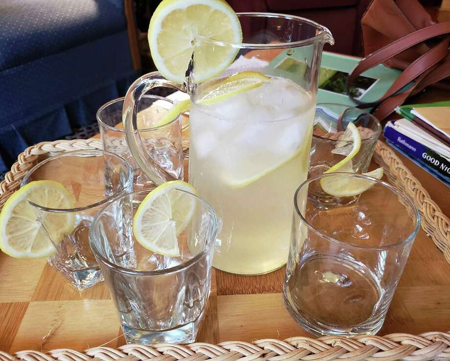 Lemonade is the beverage of choice for picnics, front porch chats, and as a product for young entrepreneurs. Photo: Frank Whitman / For Hearst Connecticut Media / Norwalk Hour freelance