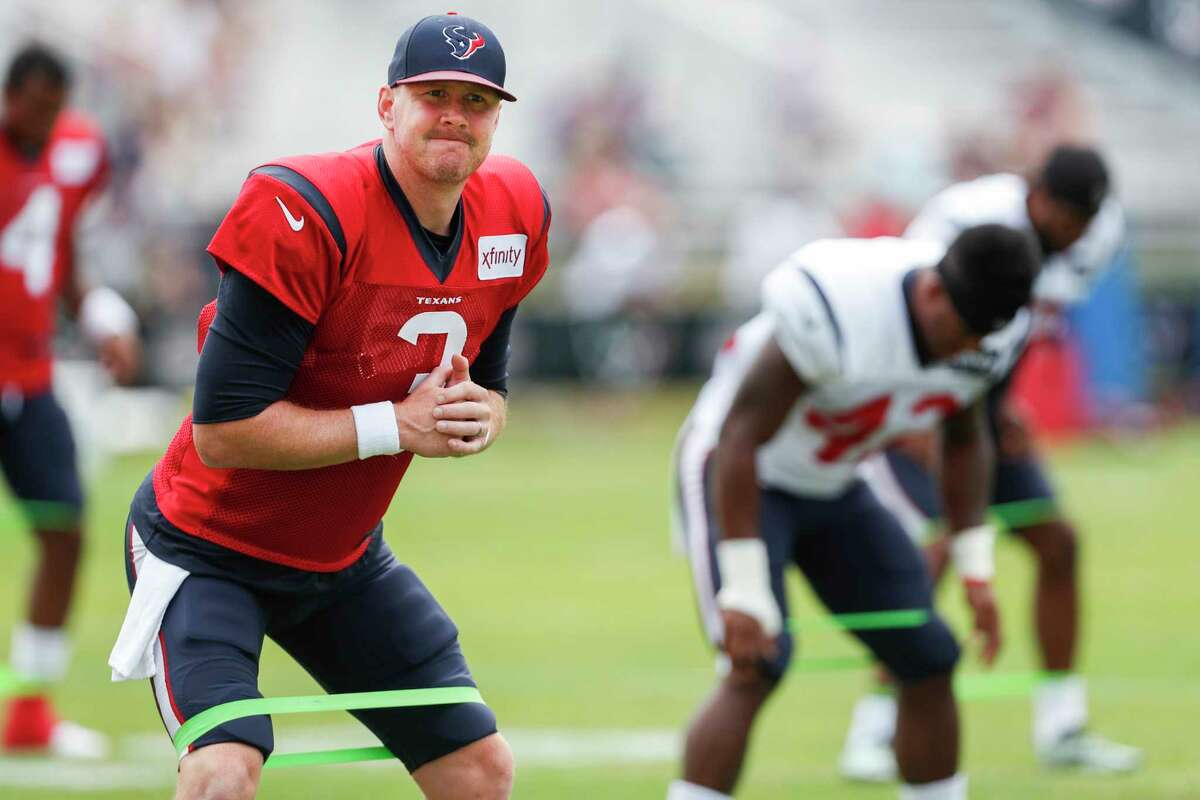 Houston Texans quarterback Brandon Weeden (3) stretches before practice during training camp at the Greenbrier Sports Performance Center on Wednesday, Aug. 1, 2018, in White Sulphur Springs, W.Va.