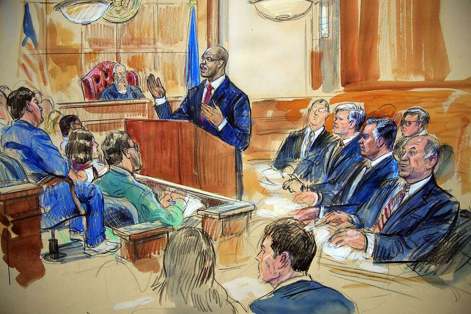 Sketch depicts Paul Manafort (third from right) seated with his lawyers at trial in Alexandria, Va. Photo: Dana Verkouteren / Associated Press