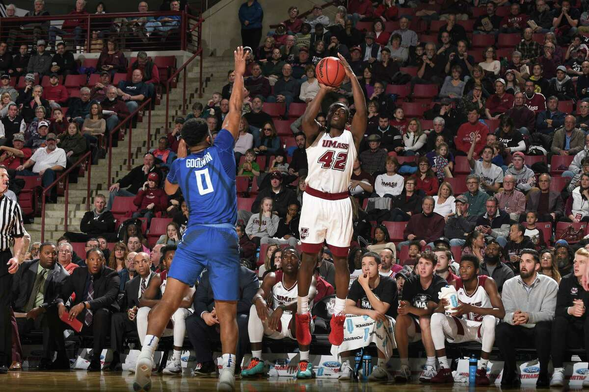 After three seasons at Massachusetts, guard Rayshawn Miller transferred to the University at Albany men's basketball program. Miller, a senior, will be eligible for the 2018-19 season.