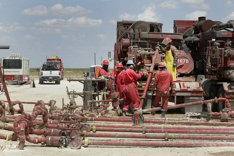 Noble Energy pump fracking activities Monday, June 26, 2017, in Pecos, TX. ( Steve Gonzales  / Houston Chronicle ) Photo: Steve Gonzales, Houston Chronicle