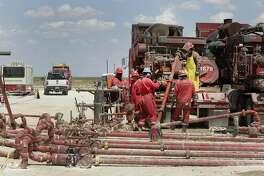 Noble Energy pump fracking activities Monday, June 26, 2017, in Pecos, TX. ( Steve Gonzales / Houston Chronicle )