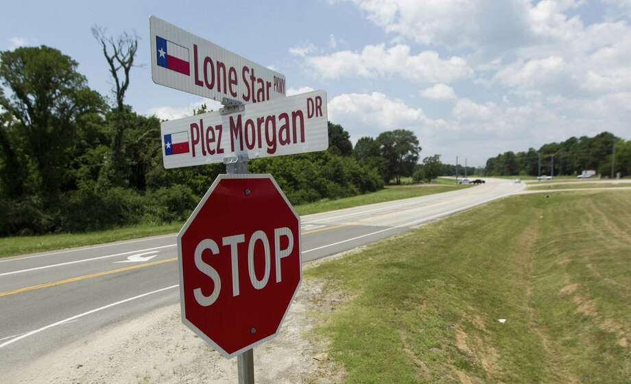 Lone Star Parkway is seen at the intersection of Plez Morgan Drive on Wednesday, July 25, 2018, in Montgomery. Photo: Jason Fochtman, Staff Photographer / Houston Chronicle / © 2018 Houston Chronicle