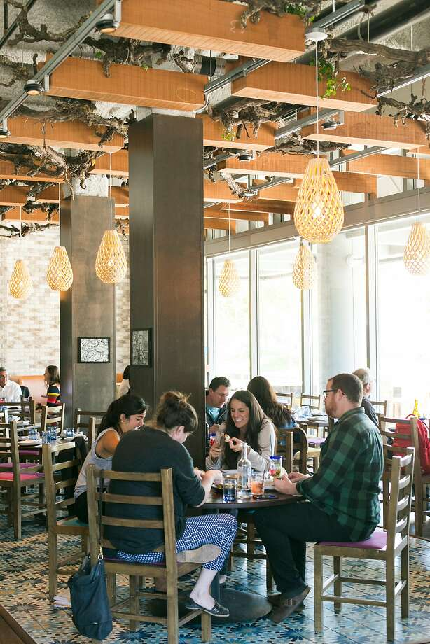 Dyafa offers modern Arabic cuisine in Oakland's Jack London Square. Photo: Jen Fedrizzi / Special To The Chronicle