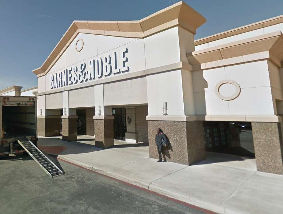 Barnes & Noble Photo: Google Maps