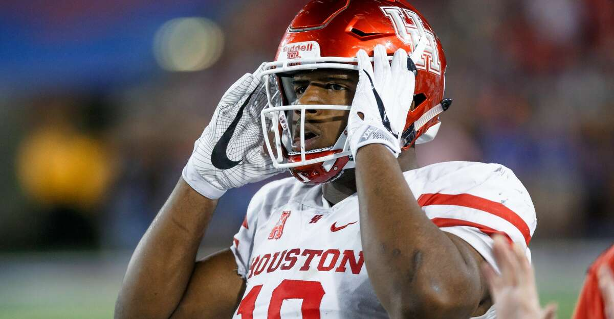 22 October 2016: Houston Cougars defensive tackle Ed Oliver (#10) during the American Athletic Conference college football game between the SMU Mustangs and the Houston Cougars at Gerald Ford Stadium in Dallas, Texas. SMU won the game 38-16. (Photo by Matthew Visinsky/Icon Sportswire via Getty Images)