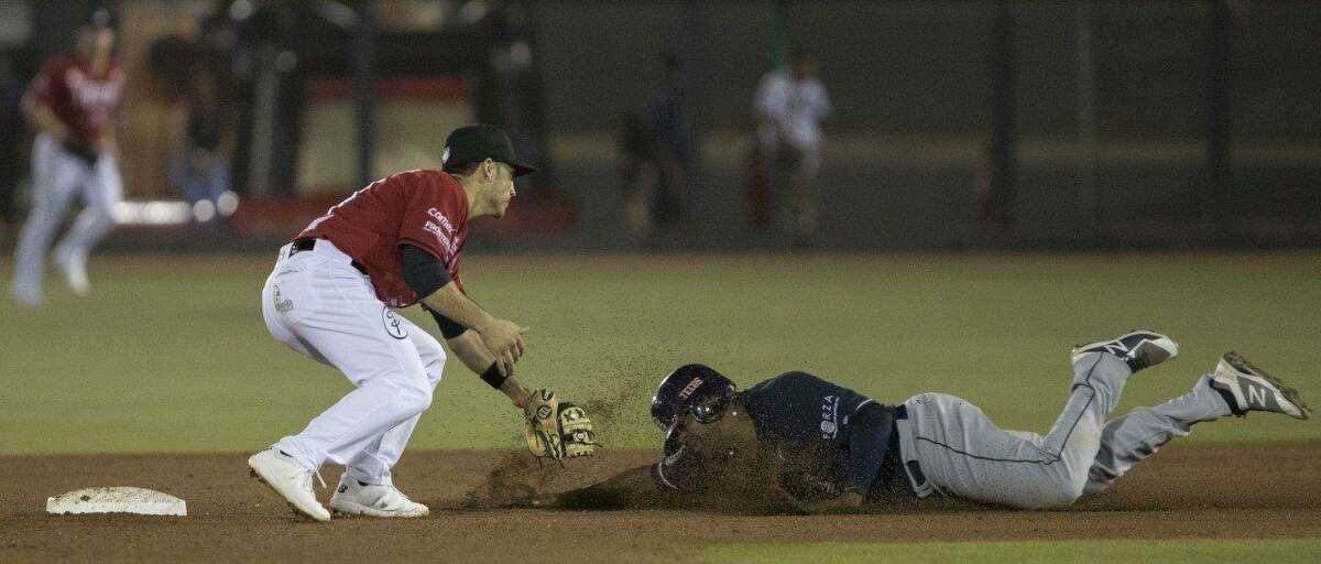 The Tecolotes Dos Laredos avoided being swept Thursday with an 8-3 win at Toros de Tijuana pulling within a game of second place at the midway point of the LMB's second season.