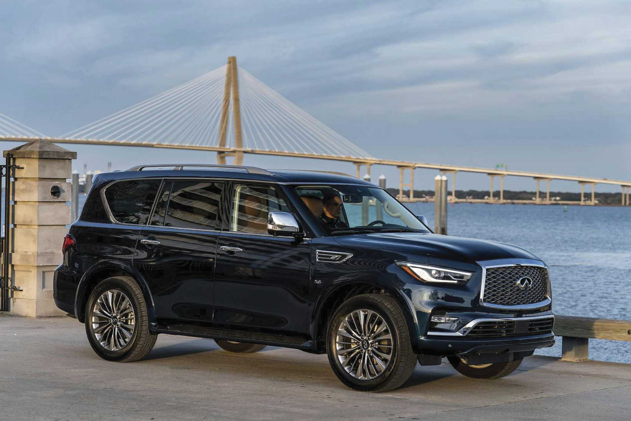 Infiniti QX80: Full-size luxury SUV brings elegance, technology to the family hauler