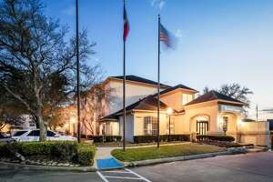 Driftwood Hospitalitysold the Hyatt House Houston, a 116-room hotel at 15405 Katy Freeway, to an undisclosed buyer.The sale was brokered by CBRE using Ten-X Commercial's online platform.