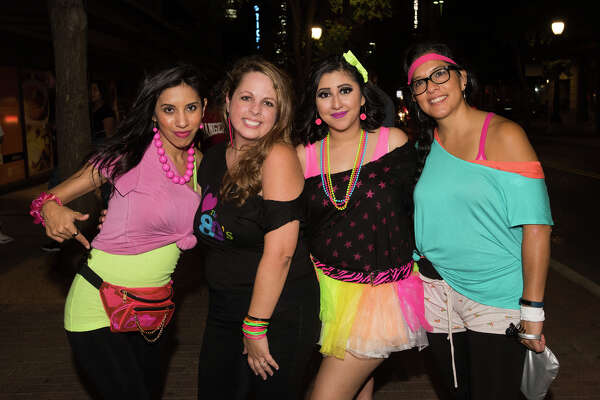 Pub Run San Antonio threw it back to the '80s and '90s for their August First Friday jaunt through downtown bars.