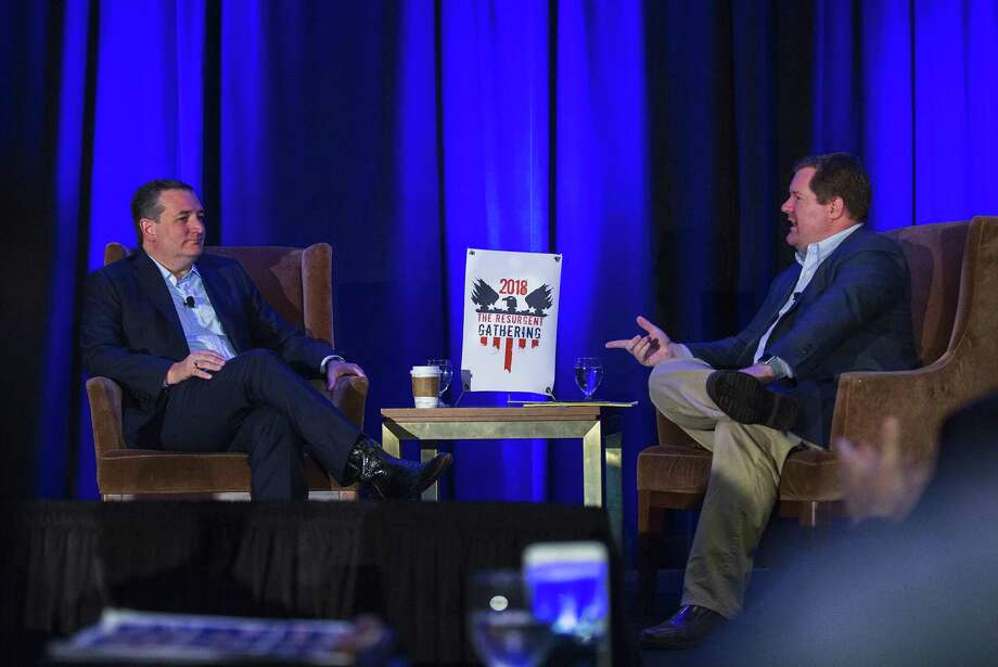 Senator Ted Cruz chats with Erick Erickson at a Republican event called The Resurgent Gathering at the Capitol Sheraton hotel in Austin, Texas on August 4, 2018. Photo: Thao Nguyen, For San Antonio Express-News / Thao Nguyen
