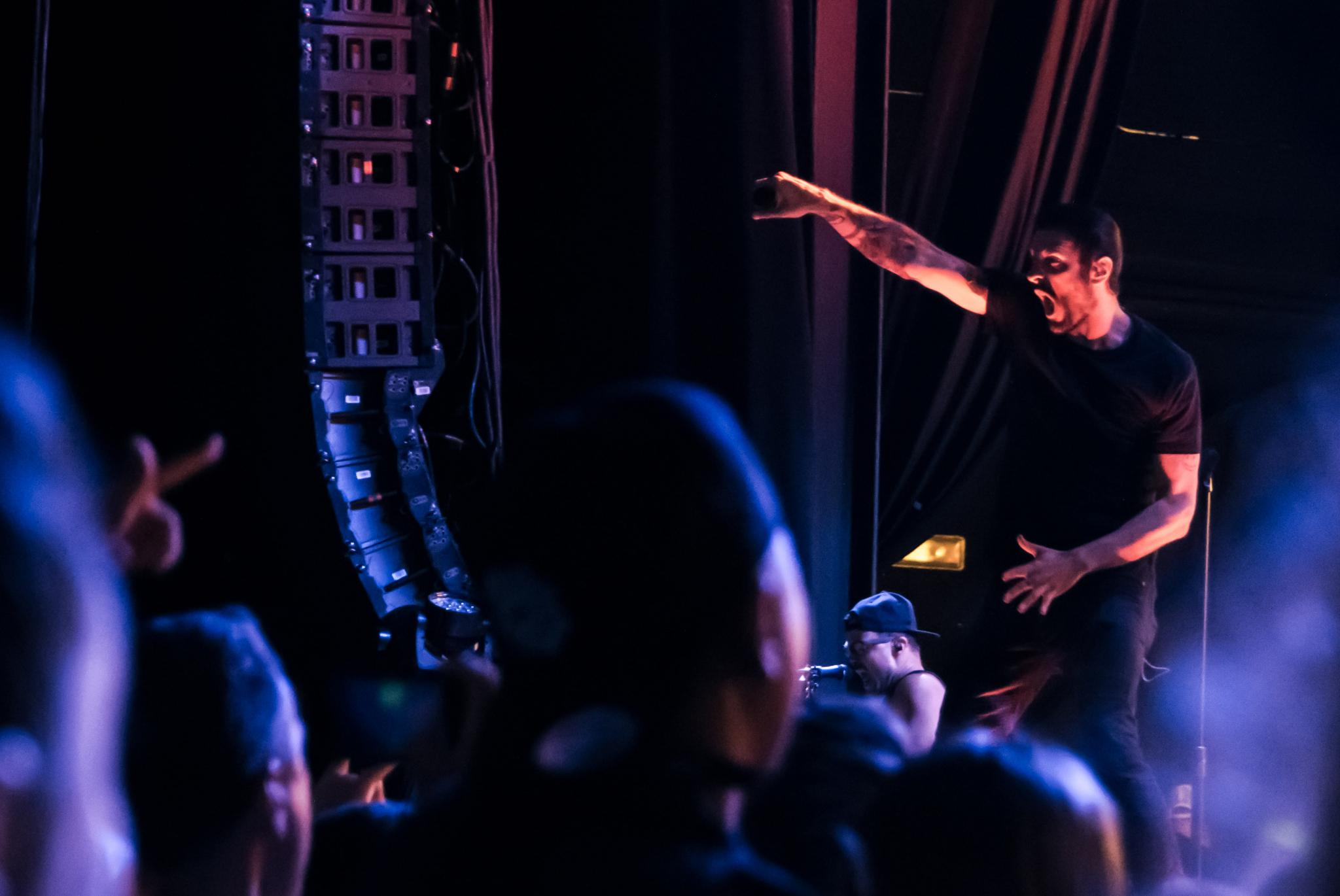 Breaking Benjamin, Five Finger Death Punch rock packed