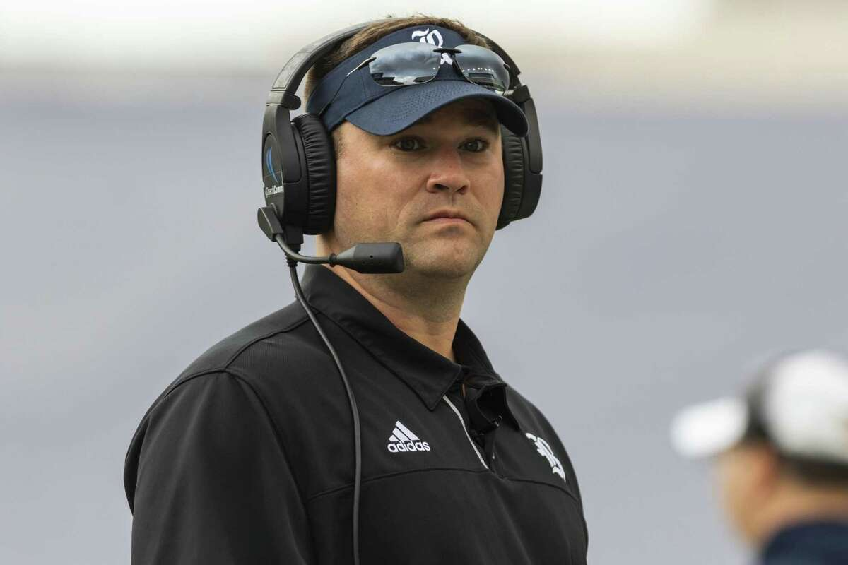 New Rice coach Mike Bloomgren is aware of the challenge he inherited following the Owls' struggles in 2017.