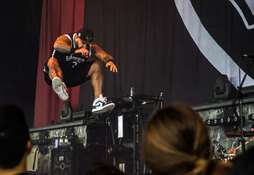 Breaking Benjamin, Five Finger Death Punch rock packed Pavilion