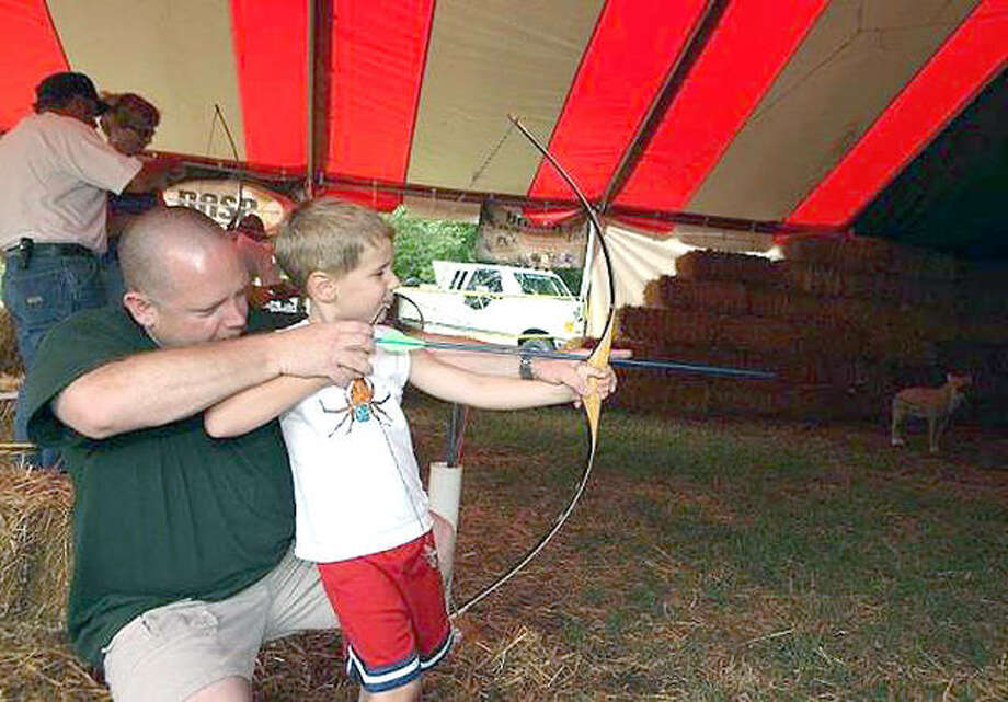 Youth archery clinics are among the special attractions set for Conservation World at this year's Illinois State fair in Springfield. Photo:       Illinois State Fair Photo