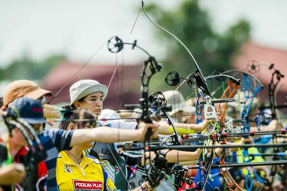 Dana Baird of Waterford competes in the Michigan Archery Association state championship on Sunday, Aug. 5, 2018 at the Midland County Fairgrounds. (Katy Kildee/kkildee@mdn.net) Photo: (Katy Kildee/kkildee@mdn.net)