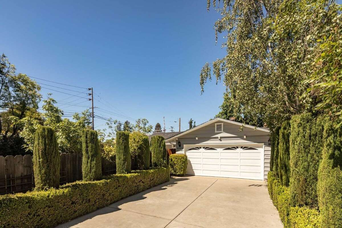 Bay Area real estate is too expensive even for high paid tech workers, says a Team Blind survey. And indeed, these simple homes with huge price tags demonstrate the issue. This Palo Alto 1,200 square foot home asks $1.488M