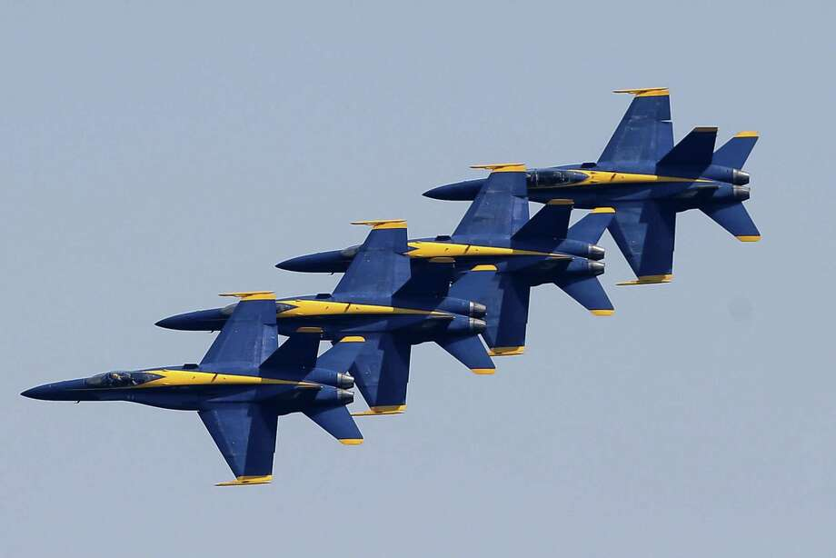 The U.S. Navy Blue Angels perform during the annual Seafair Weekend Festival at Genesee Park on Lake Washington, Sunday, Aug. 5, 2018. Photo: GENNA MARTIN, SEATTLEPI.COM / SEATTLEPI.COM