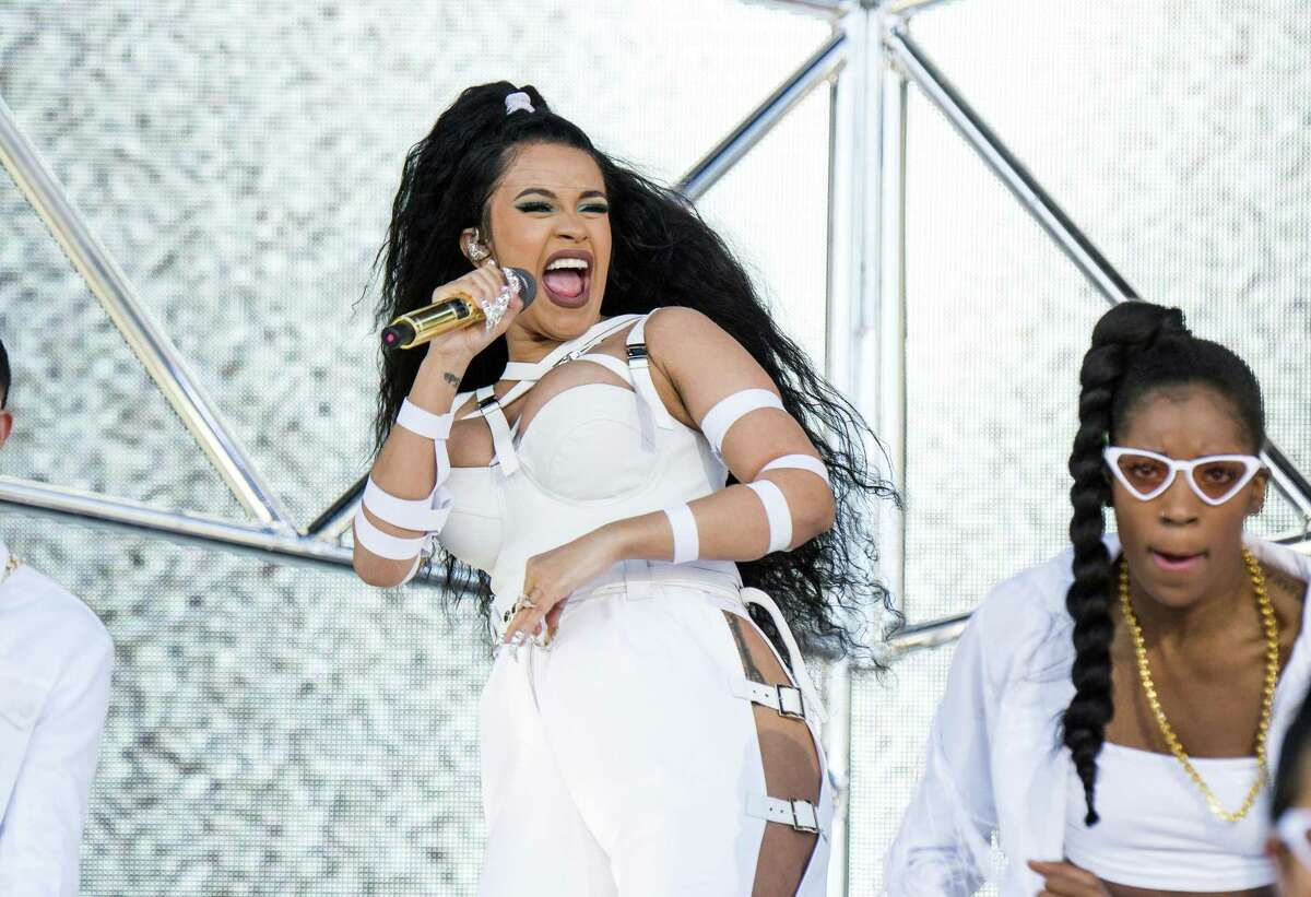 Click ahead to view the lineup for the 2018 Mala Luna music festival in San Antonio. Cardi B