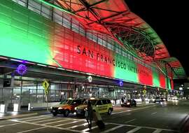 Upon our return to SFO, we found it all light up in holiday colors