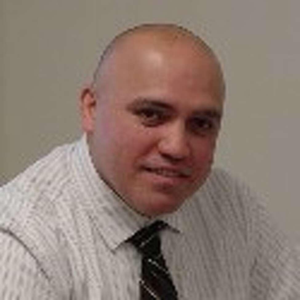 Investigator Roberto Gracia