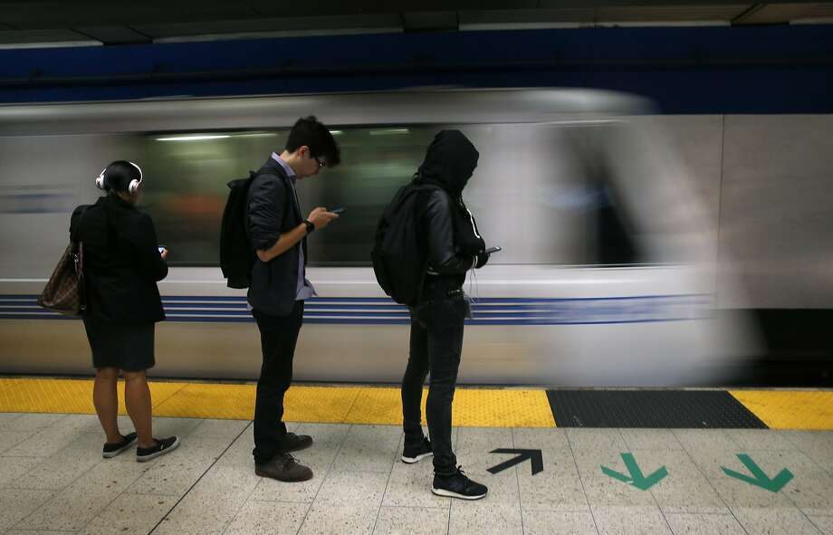 Major BART delays in San Francisco caused by equipment issues
