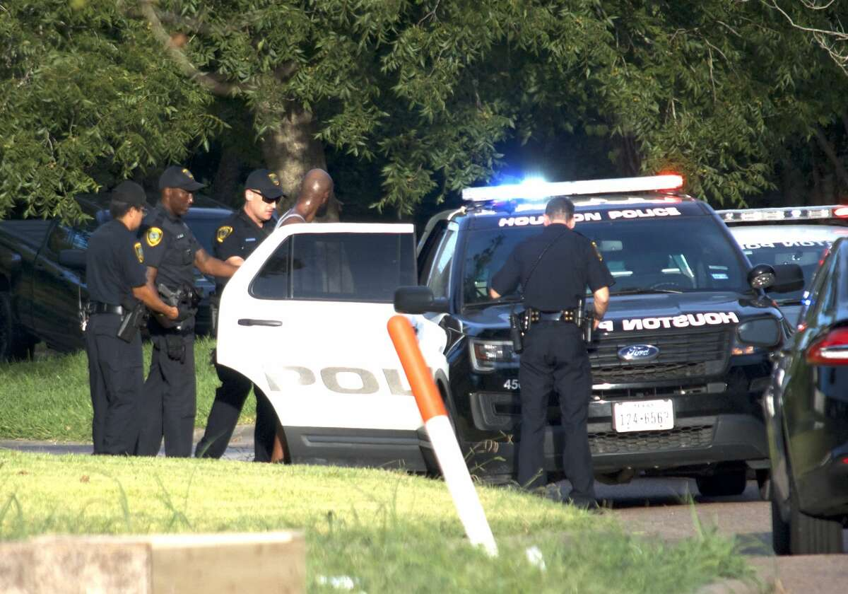 An alleged kidnapper is taken into custody after a short pursuit in southeast Houston on Monday, Aug. 6, 2018.