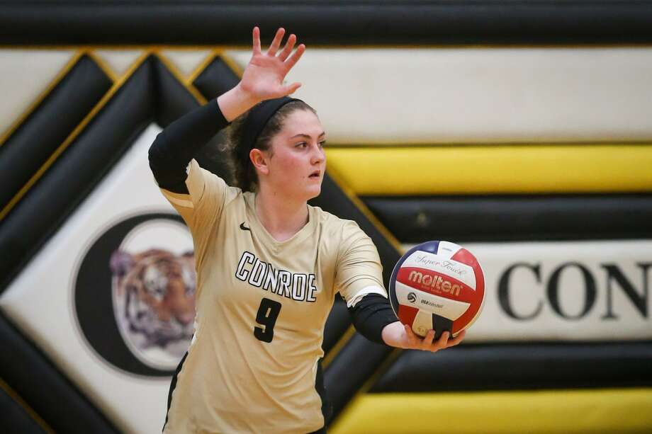 FILE PHOTO — Conroe's Sophie Harrison had 32 assists and 14 kills during a victory against Aldine Davis on Monday evening. Photo: Michael Minasi, Staff Photographer / Houston Chronicle / Internal