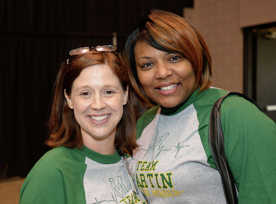 From left, Martin Elementary's Laura Holmes and Nyree Banks at the BISD teacher convocation at the Beaumont Civic Center on Tuesday.  Photo taken Tuesday, 8/7/18 Photo: Guiseppe Barranco/The Enterprise / Guiseppe Barranco ?