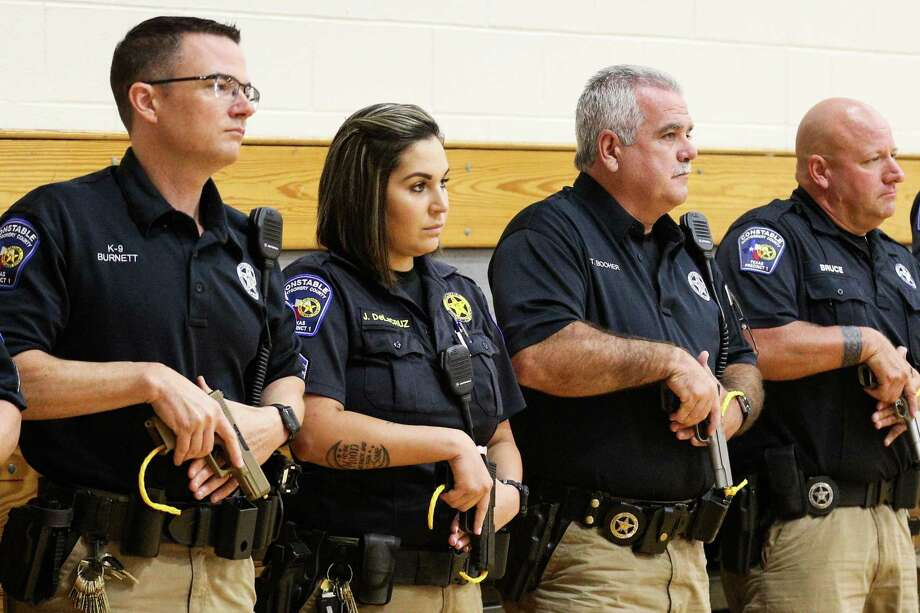 Montgomery County Precinct 1 Constable's deputies listen to an instructor during an active shooter training exercise on Tuesday, Aug. 7, 2018, at Willis High School. Photo: Michael Minasi, Staff Photographer / Houston Chronicle / © 2018 Houston Chronicle